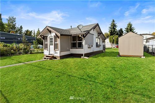 Photo of 852 S Donovan Street, Seattle, WA 98108 (MLS # 1840925)