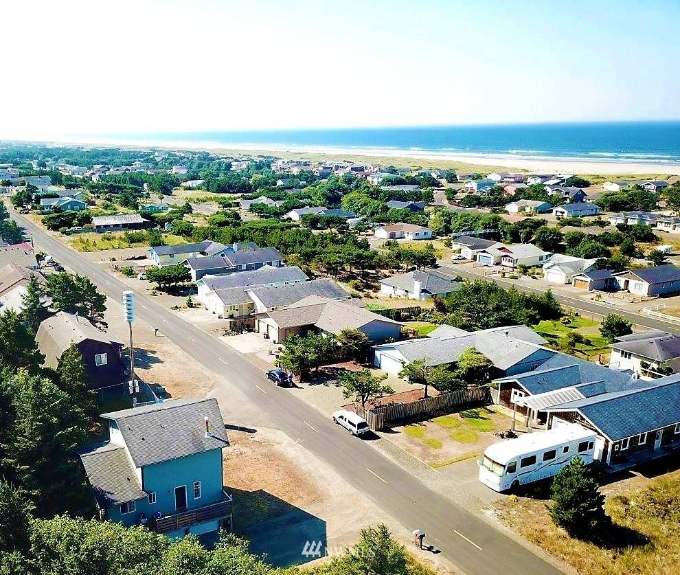 Photo of 33108 J Place, Ocean Park, WA 98640 (MLS # 1674925)
