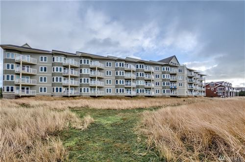 Photo of 501 Shoreview Dr #106, Long Beach, WA 98631 (MLS # 1554928)