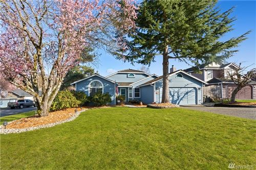 Photo of 32904 17th Ave SW, Federal Way, WA 98023 (MLS # 1584928)