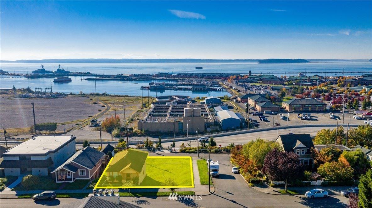 Photo of 2204 Grand Avenue, Everett, WA 98201 (MLS # 1776928)