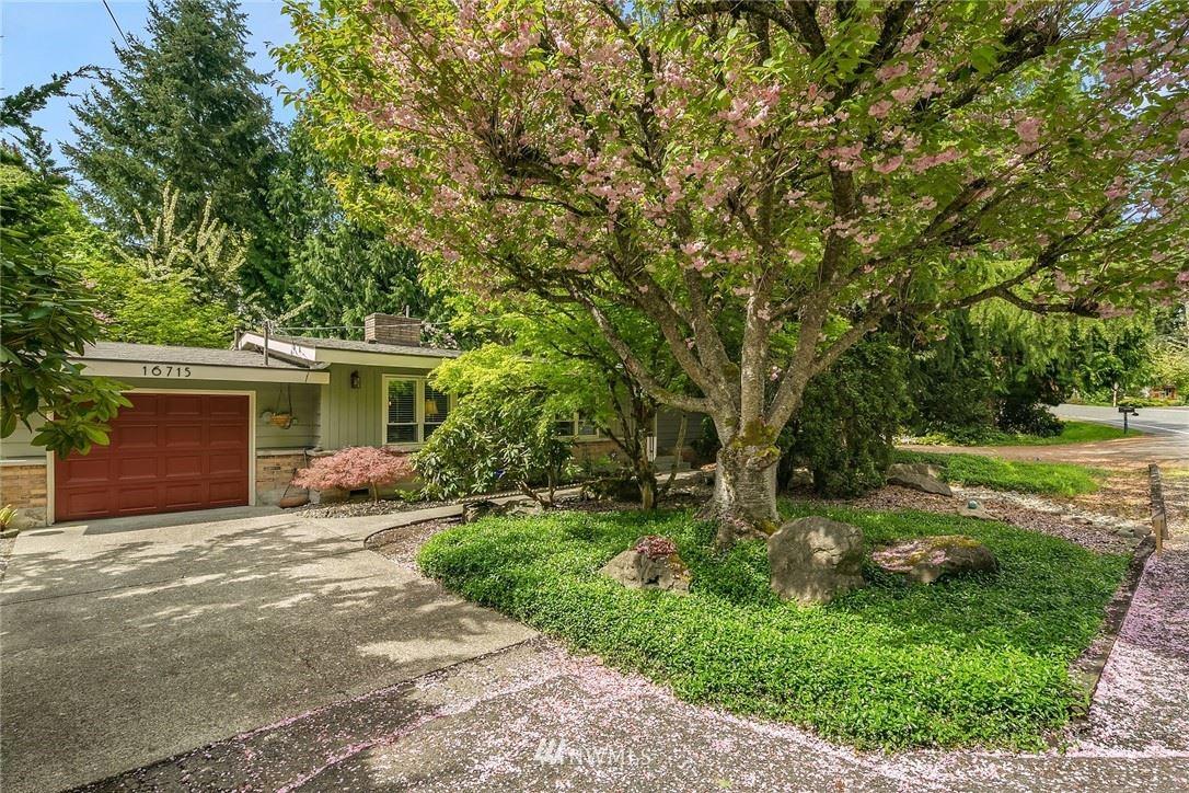 Photo of 16715 SE 14th Street, Bellevue, WA 98008 (MLS # 1763930)