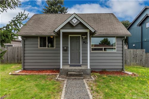 Photo of 928 E 55th St, Tacoma, WA 98404 (MLS # 1595932)