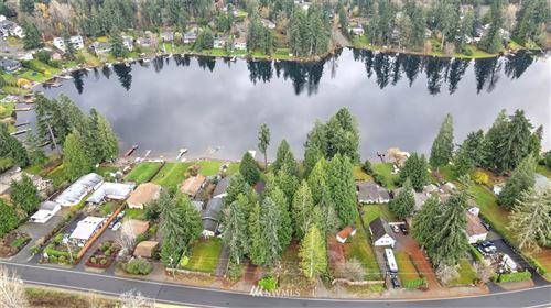 Photo of 17605 SE 192nd Drive, Renton, WA 98058 (MLS # 1692932)