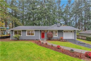 Photo of 15206 SE 39th St, Bellevue, WA 98006 (MLS # 1539933)