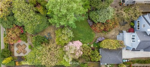 Photo of 3926 47th Avenue NE, Seattle, WA 98105 (MLS # 1751934)