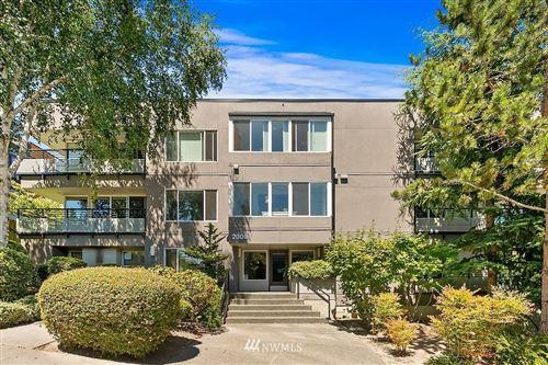 Photo of 2000 W Barrett Street #106, Seattle, WA 98199 (MLS # 1809935)