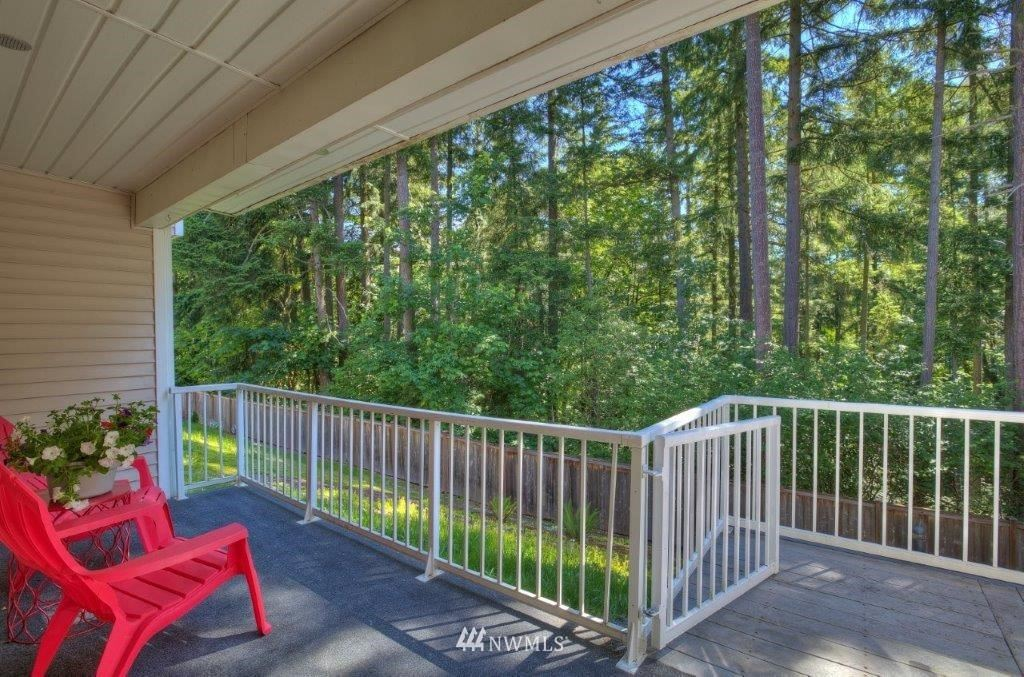 Photo of 1960 S 368th Place, Federal Way, WA 98003 (MLS # 1783938)