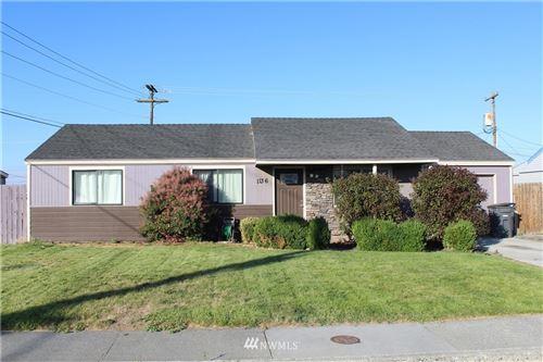 Photo of 1136 Mather Drive, Moses Lake, WA 98837 (MLS # 1810939)