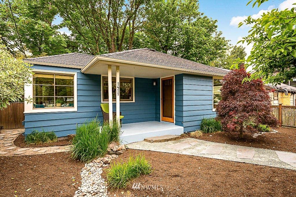 Photo of 1411 29th Avenue, Seattle, WA 98122 (MLS # 1776940)