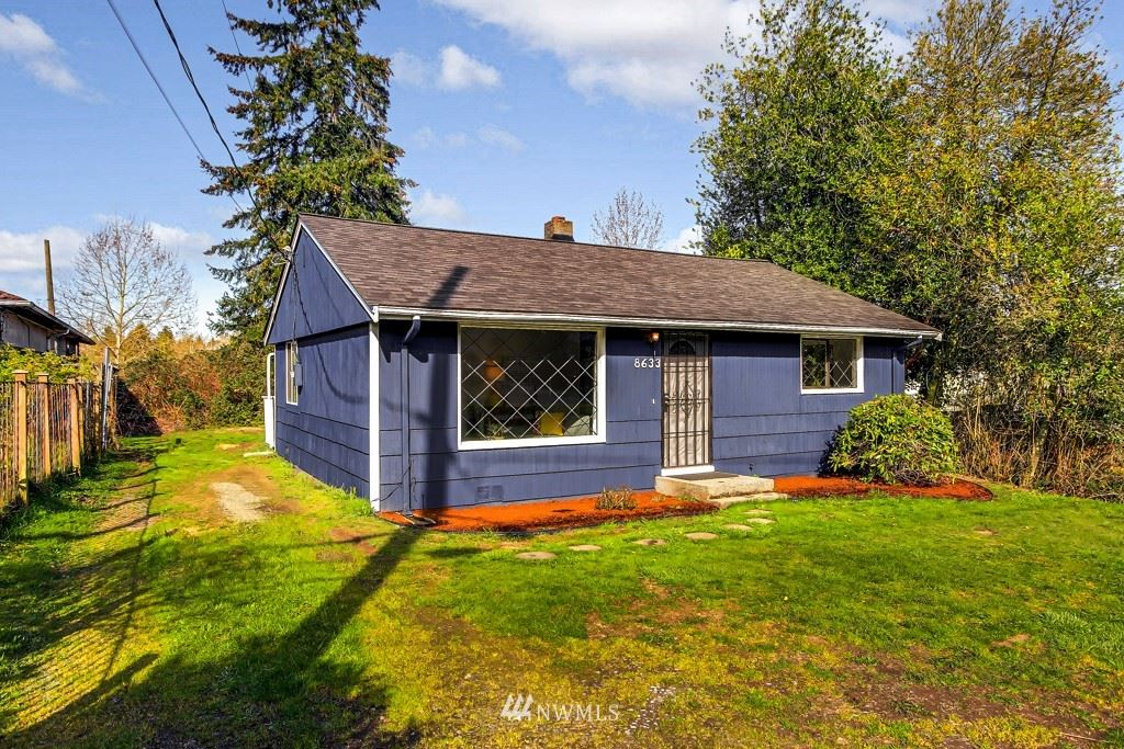 Photo of 8633 24th Avenue SW, Seattle, WA 98106 (MLS # 1742941)