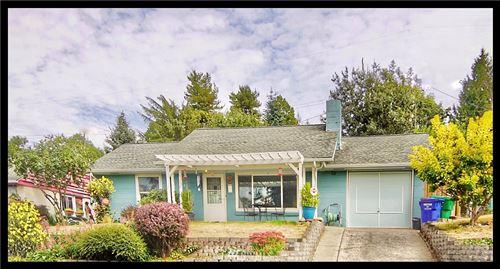 Photo of 9208 24th Avenue SW, Seattle, WA 98106 (MLS # 1667942)