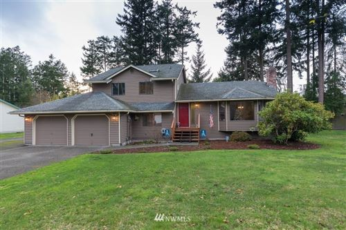 Photo of 1821 Schooner Lane, Oak Harbor, WA 98277 (MLS # 1681942)