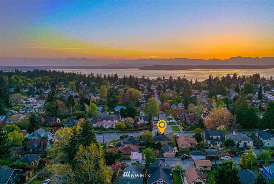 Photo of 2764 45th Avenue SW, Seattle, WA 98116 (MLS # 1792942)