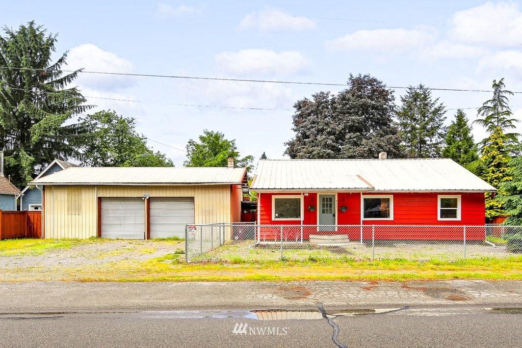 Photo of 925 Commercial Avenue, Darrington, WA 98241 (MLS # 1784943)