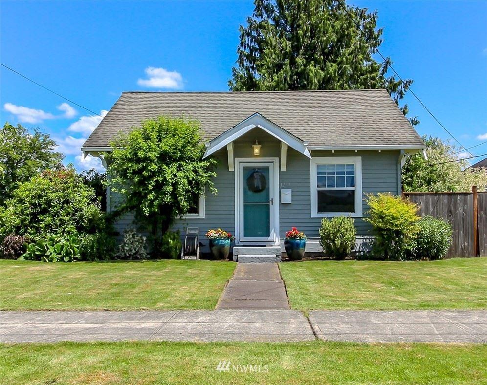 Photo of 1259 Pioneer Street, Enumclaw, WA 98022 (MLS # 1791943)