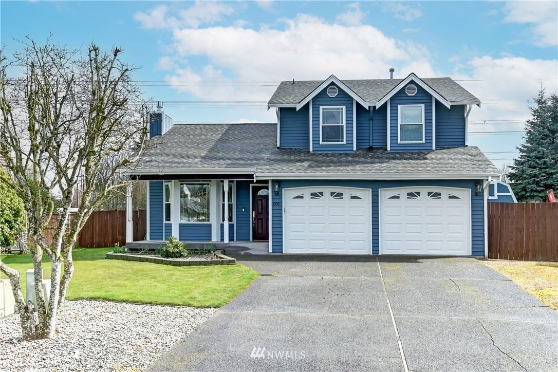 Photo of 1700 SW 347th Place, Federal Way, WA 98023 (MLS # 1747944)