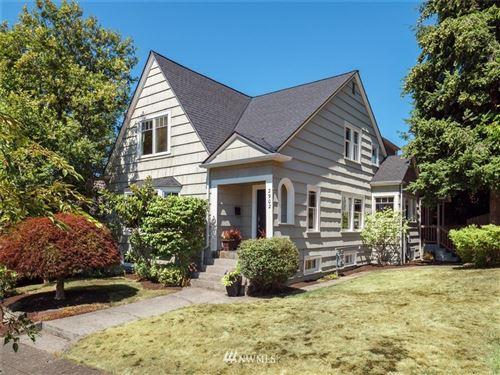 Photo of 2902 W Blaine Street, Seattle, WA 98199 (MLS # 1641945)