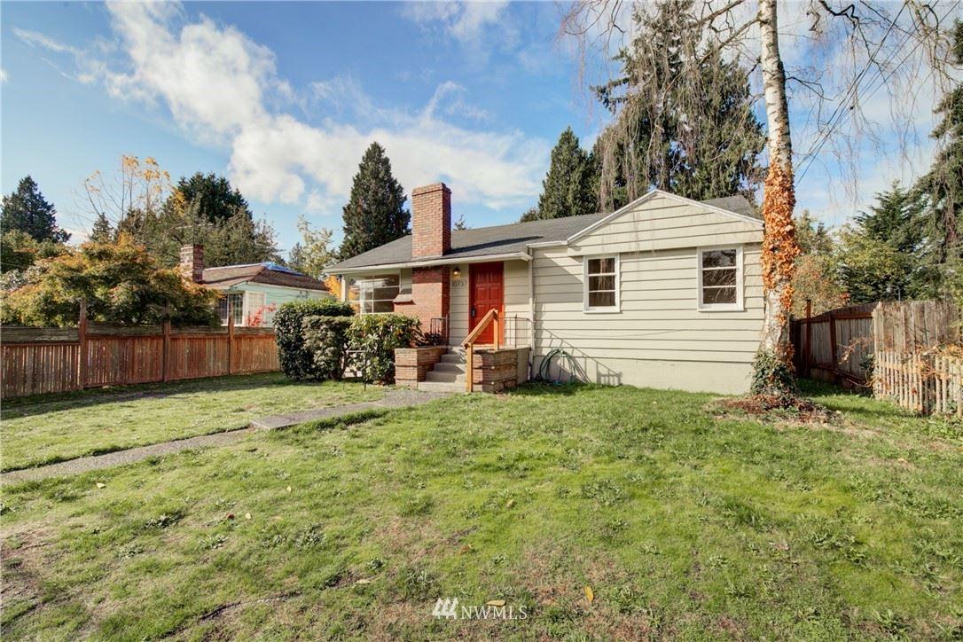 10737 Dayton Avenue N, Seattle, WA 98133 - MLS#: 1853945