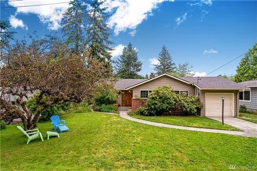 Photo of 12522 22nd Ave NE, Seattle, WA 98125 (MLS # 1629947)