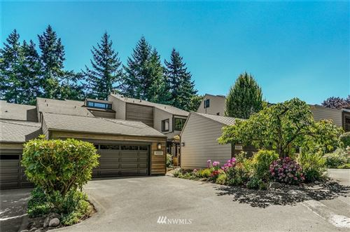 Photo of 10221 NE 19th Place, Bellevue, WA 98004 (MLS # 1813948)
