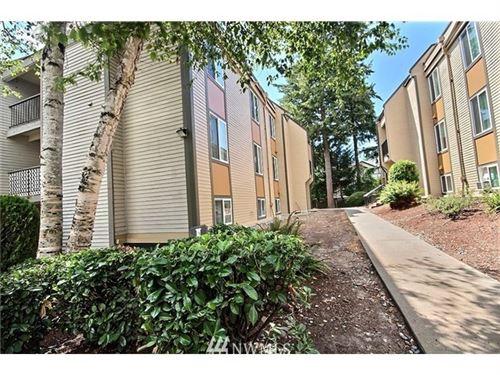 Photo of 14640 NE 32nd Street #D22, Bellevue, WA 98007 (MLS # 1774950)