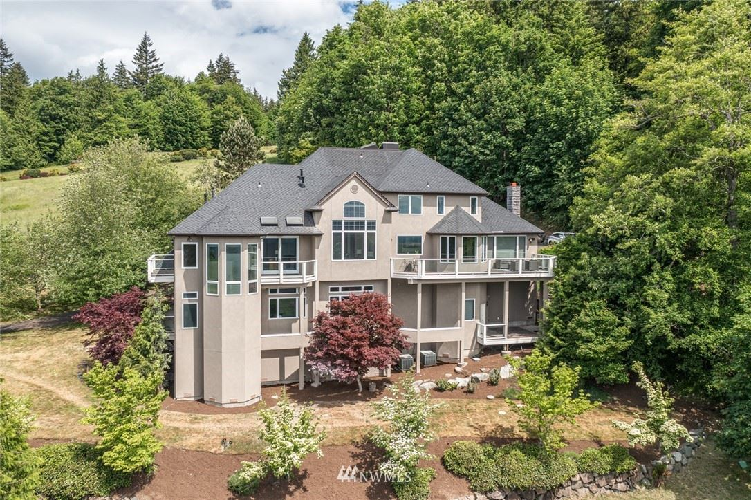 Photo of 11506 206th Place SE, Issaquah, WA 98027 (MLS # 1787950)
