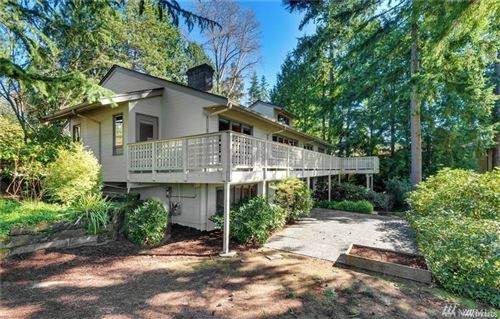 Photo of 2037 87th Ave NE, Clyde Hill, WA 98004 (MLS # 1606953)