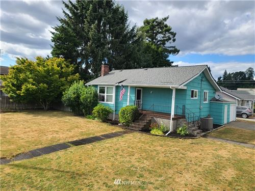 Photo of 721 Ash Street, Kelso, WA 98626 (MLS # 1774955)
