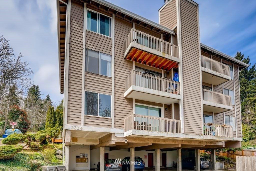 Photo of 2334 NE 102nd Street #302, Seattle, WA 98125 (MLS # 1752955)