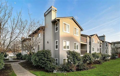 Photo of 6700 NE 182nd Street #A102, Kenmore, WA 98028 (MLS # 1846956)