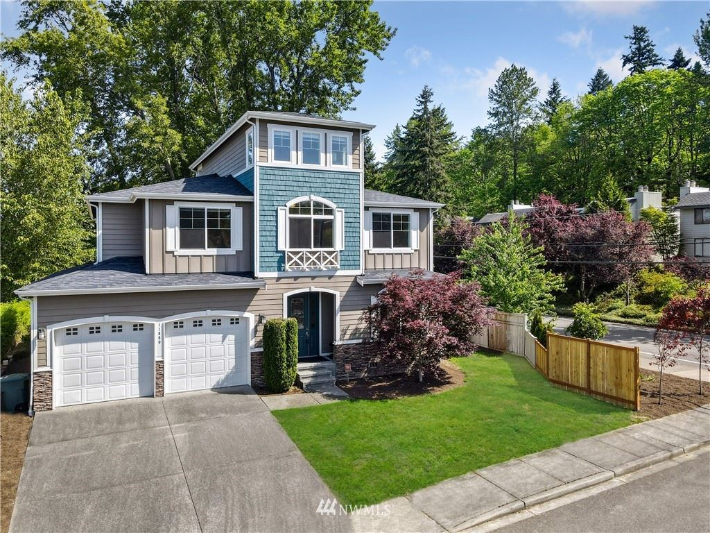 Photo of 11860 SE 40th Circle, Bellevue, WA 98006 (MLS # 1774957)