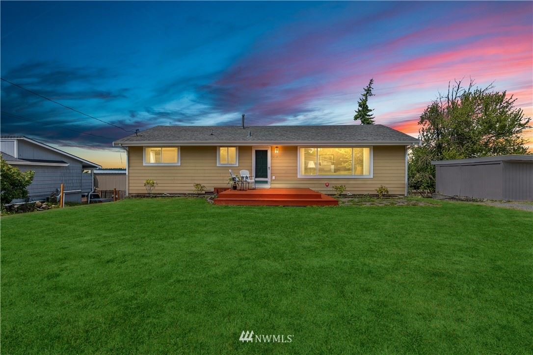 Photo of 34243 18th Place S, Federal Way, WA 98003 (MLS # 1791957)