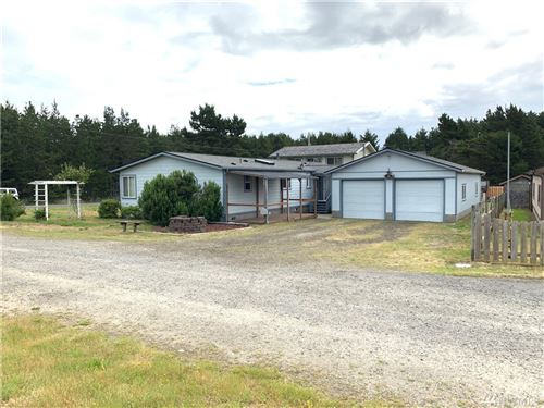 Photo of 902 274th Place, Ocean Park, WA 98640 (MLS # 1620959)