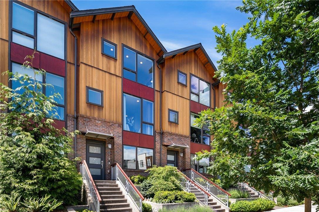 Photo of 6515 34th Avenue NE #B, Seattle, WA 98115 (MLS # 1787960)