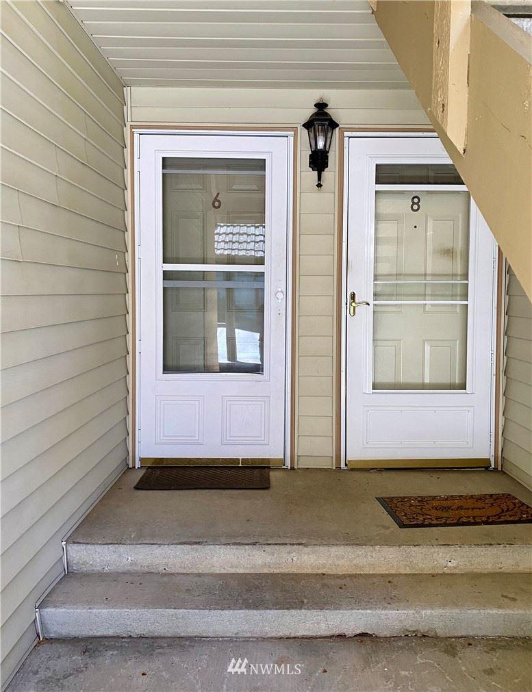 Photo of 17509 118th Avenue SE #C6, Renton, WA 98058 (MLS # 1790961)