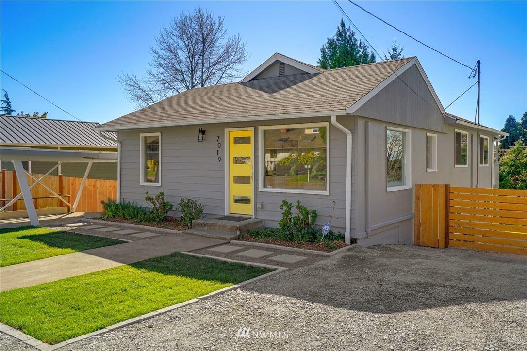 Photo of 7019 13th Avenue SW, Seattle, WA 98106 (MLS # 1756964)