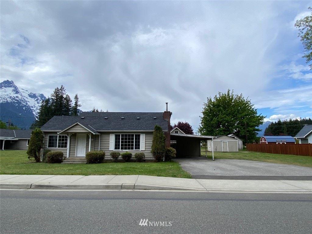 Photo of 935 Givens Avenue, Darrington, WA 98241 (MLS # 1771964)