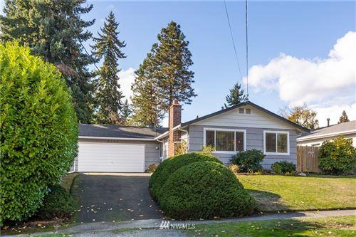 Photo of 9245 11th Avenue SW, Seattle, WA 98106 (MLS # 1853966)
