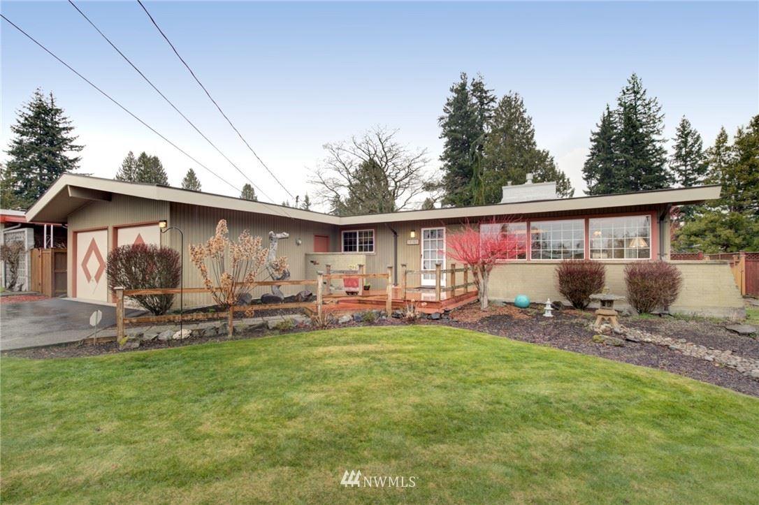 Photo of 19305 69th Place W, Lynnwood, WA 98036 (MLS # 1736968)