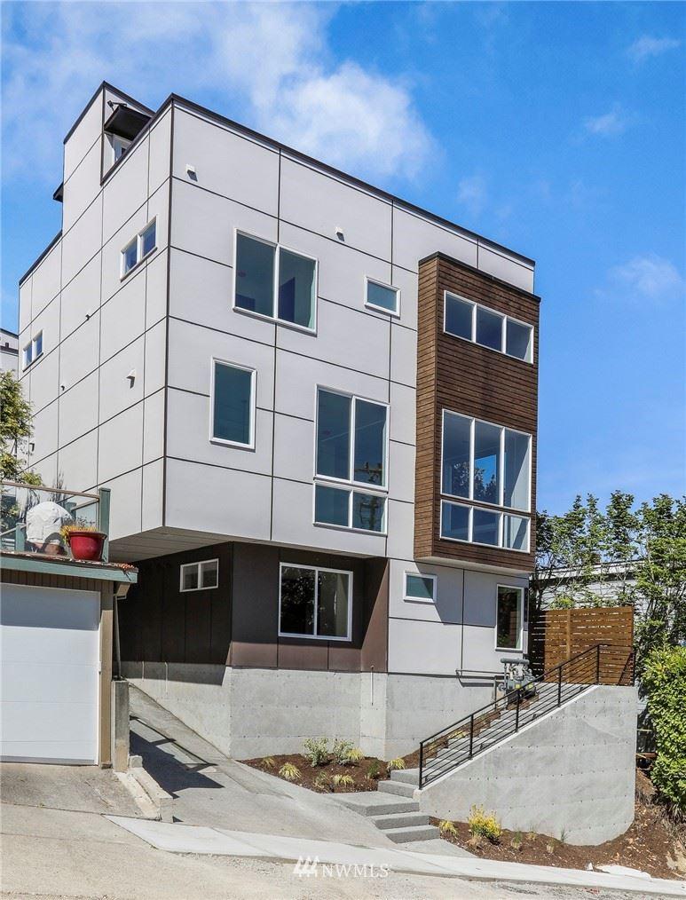 Photo of 514 Lee Street, Seattle, WA 98109 (MLS # 1773969)