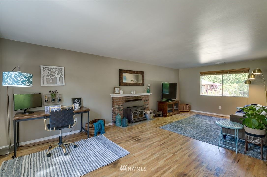 Photo of 14416 58th Place W, Edmonds, WA 98026 (MLS # 1786969)