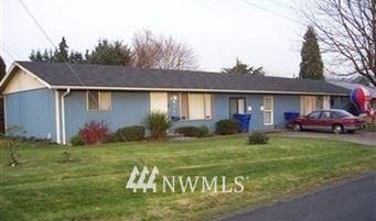 Photo of 801 Laurel Street, Kelso, WA 98626 (MLS # 1755970)