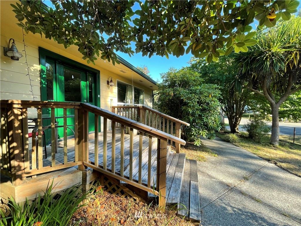 520 Quinault Avenue SE, Ocean Shores, WA 98569 - #: 1804971