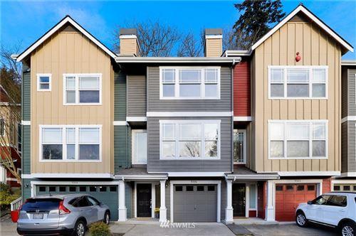 Photo of 9306 162nd Place NE #402, Redmond, WA 98052 (MLS # 1718973)