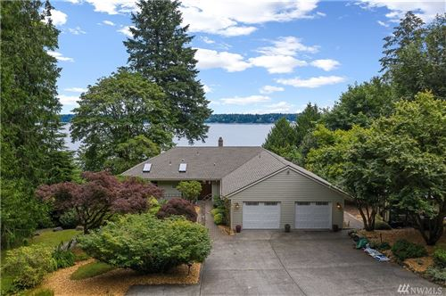 Photo of 4014 Country Club Dr NW, Olympia, WA 98502 (MLS # 1625974)