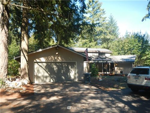 Photo of 18040 SE 256th St, Kent, WA 98042 (MLS # 1626975)