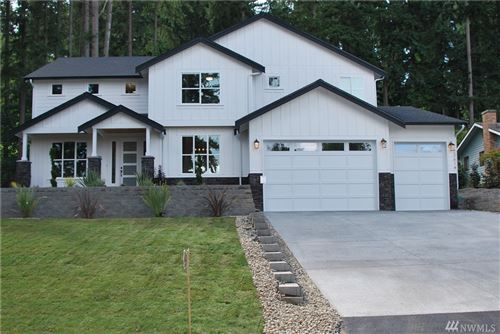 Photo of 22614 2nd Dr SE, Bothell, WA 98021 (MLS # 1643975)