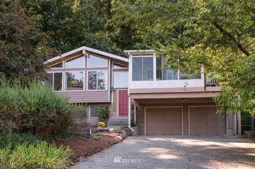 Photo of 318 228th Street SE, Bothell, WA 98021 (MLS # 1665975)