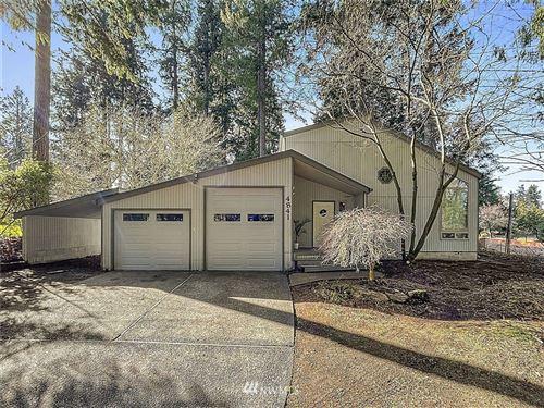 Photo of 4841 E Forest Glen Drive SE, Olympia, WA 98513 (MLS # 1736975)